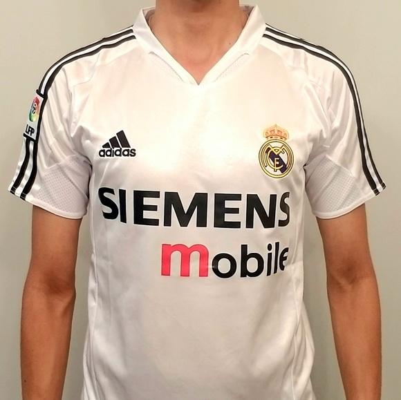 designer fashion 0e2a5 8c09e Roberto Carlos#3 2003 Real Madrid Jersey